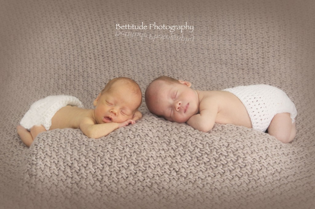 newborn-baby-twins-hong-kong-photographer_090pi